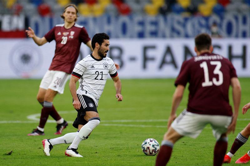 วิเคราะห์ ฟุตบอลกระชับมิตรทีมชาติ 2 คู่เด็ด